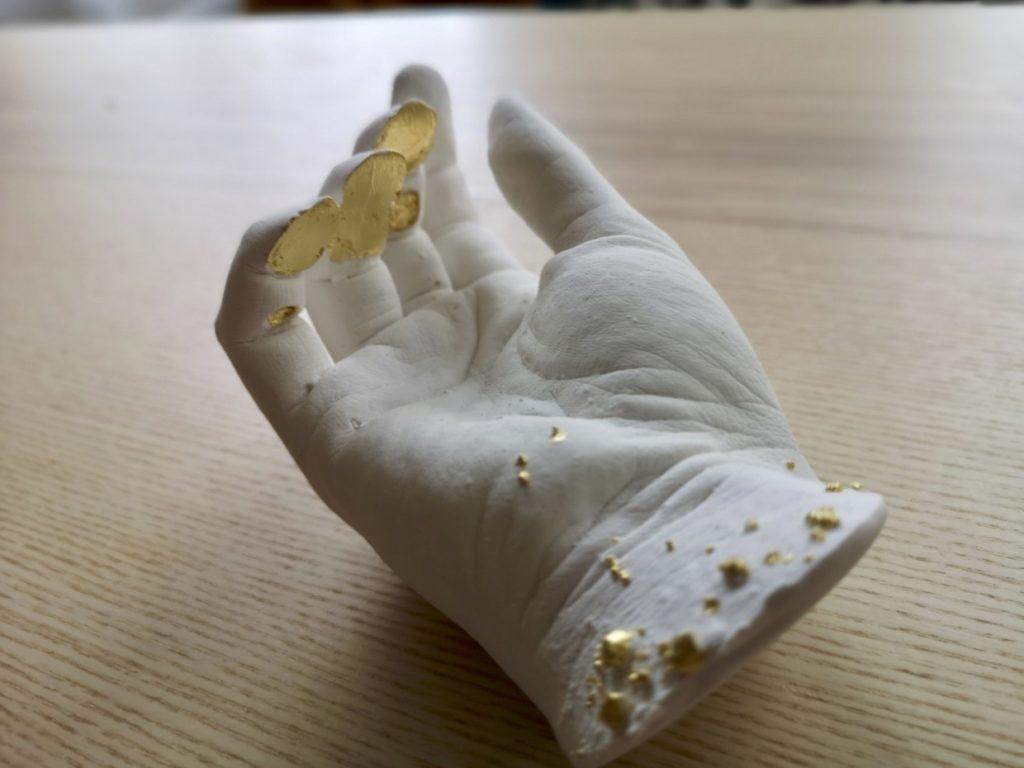 Emilie_Kintsu Hand 1
